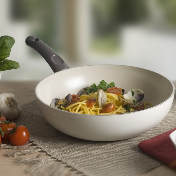 TVS Bianca ceramic non-stick wok